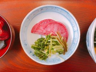 お食い初め香の物 五木赤大根と佐久間水菜.jpg
