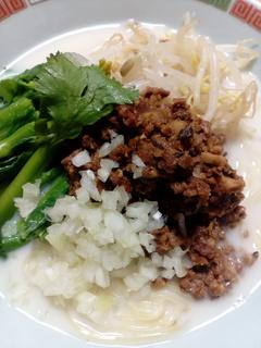 担々麺2017.3.20鶏ガラスープ.jpg